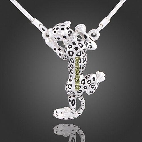 18K white gold Swarovski Crystal lovely leopard necklace 823